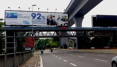 "Displaying ABeam corporate ad ""92% of our clients would use us again"" in Malaysia"